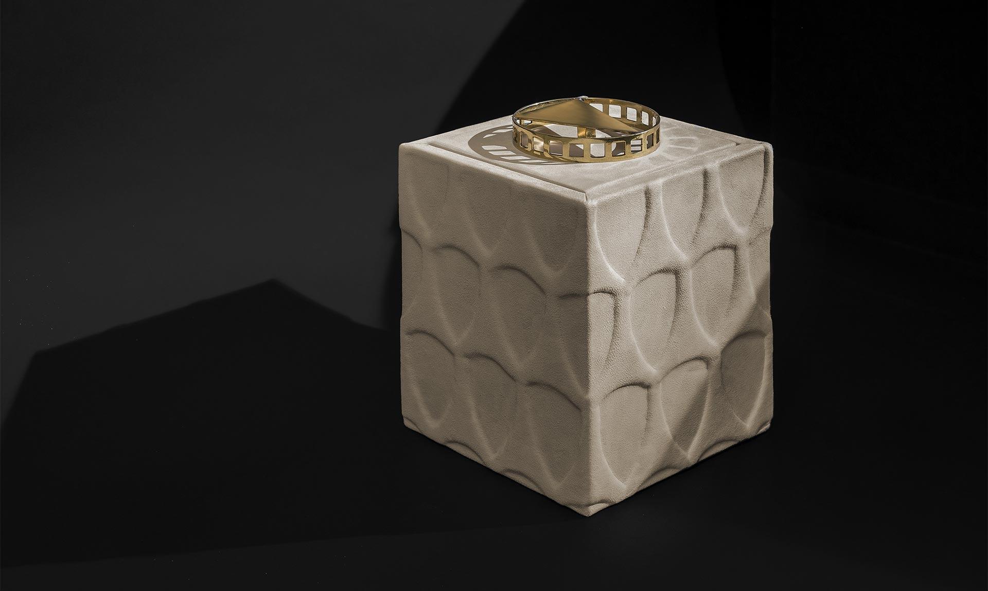 BRUTO BOX